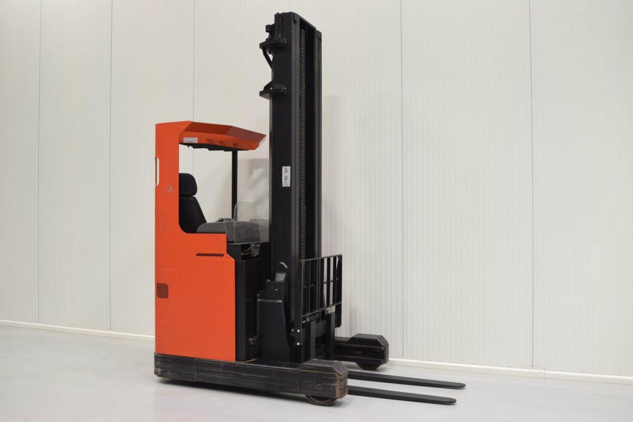 Xe nâng điện BT RR B2 , 1.6 tấn 2008 chỉ 3202 giờ