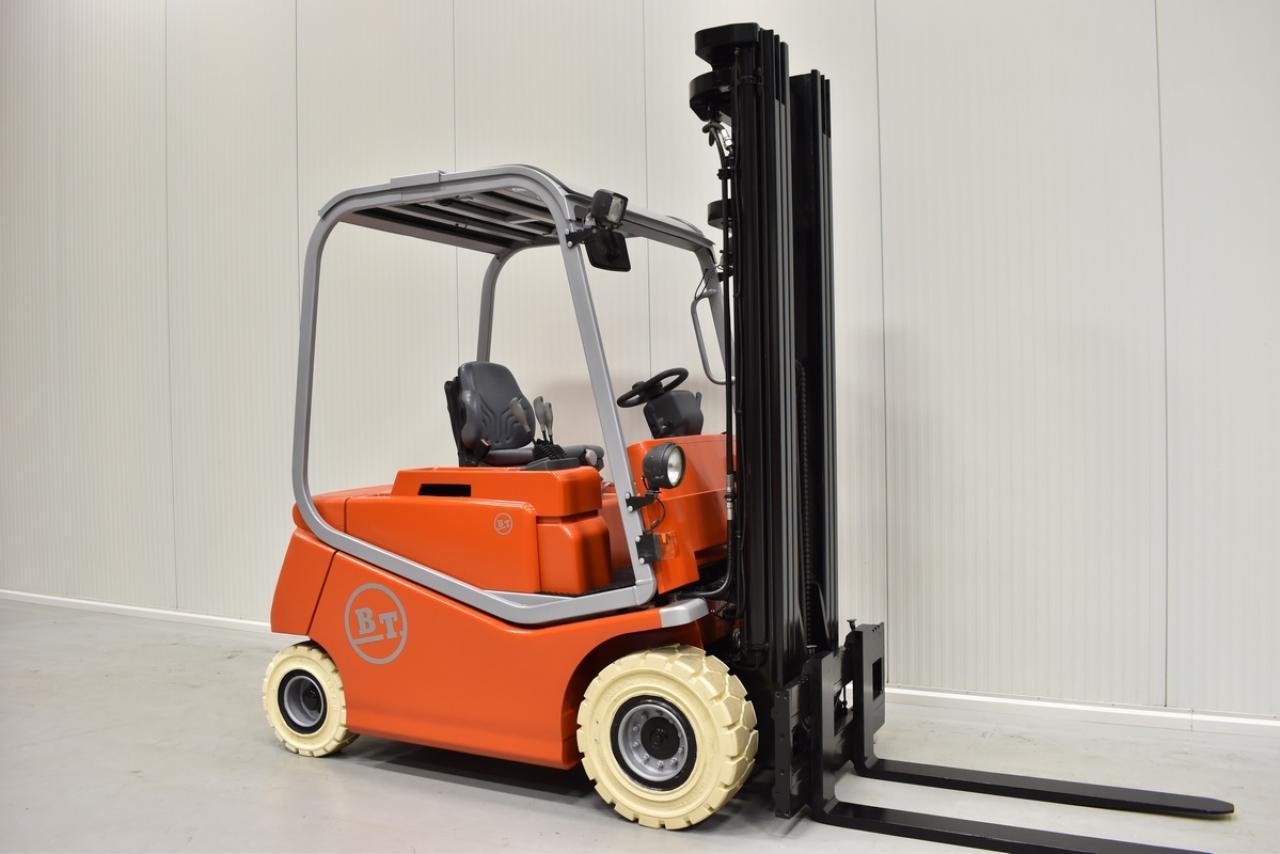 Xe nâng điện BT C4E 250V, 2.5 tấn 2007 chỉ 6332 giờ