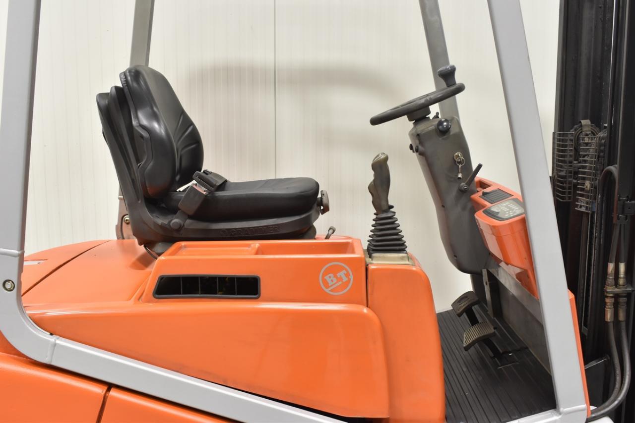 Xe nâng điện BT CBE 12 T, 1.2 tấn 2003