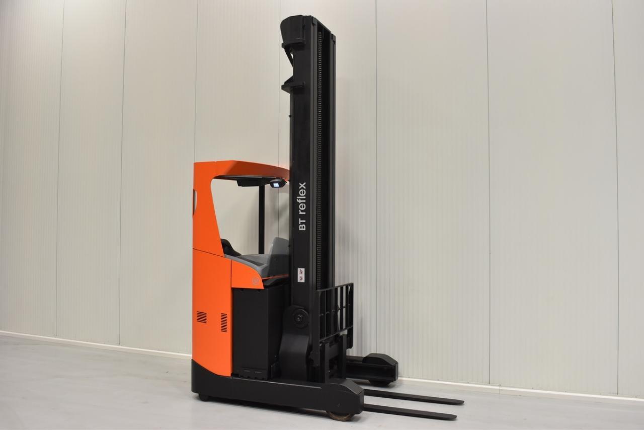 Xe điện nâng BT RRE 160, 1.6 tấn 2012 chỉ 6666 giờ