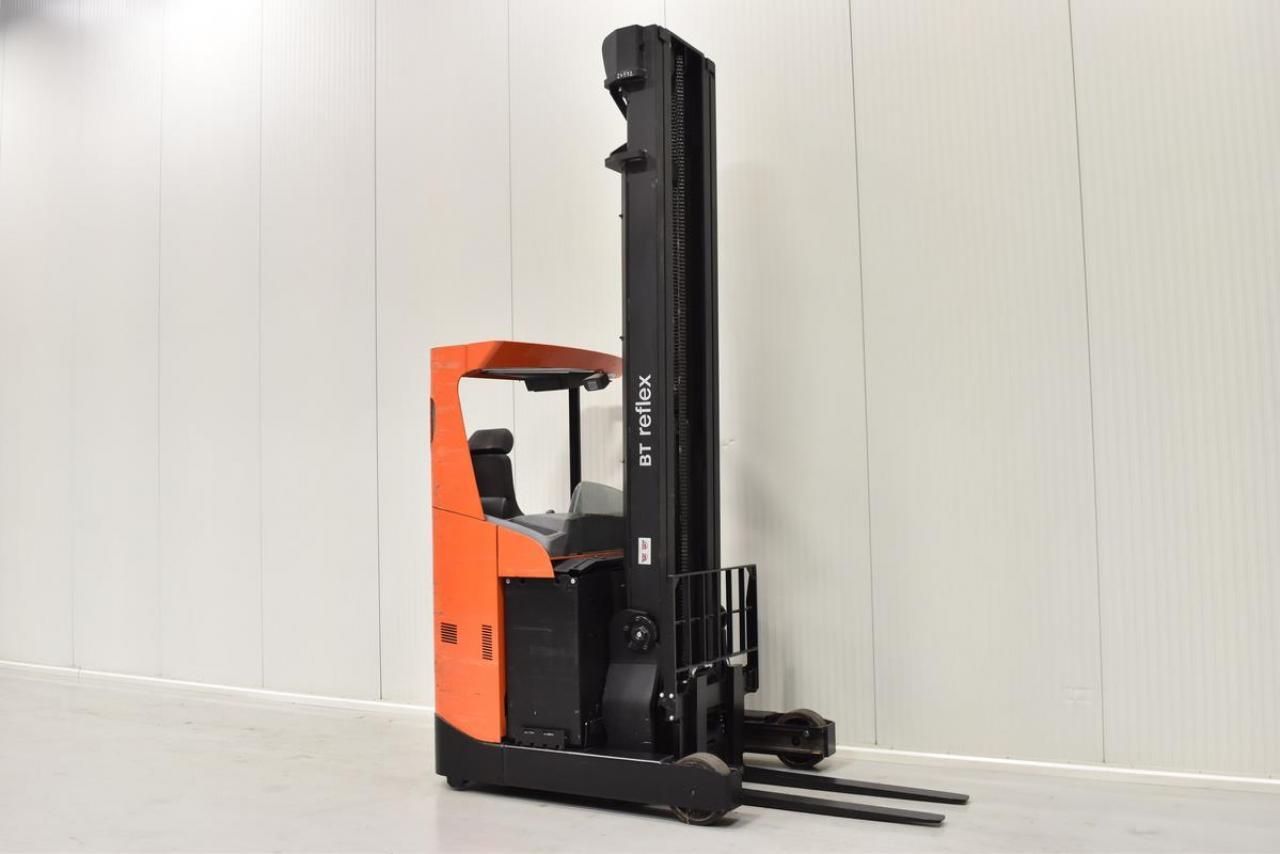 Xe nâng điện BT RRE 160 đứng lái 1.6 tấn 2012