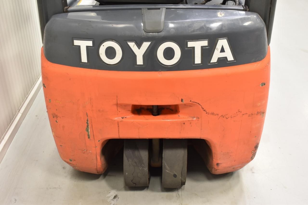 Xe nâng điện TOYOTA 8FBEF15, 2011, 1.5 tấn