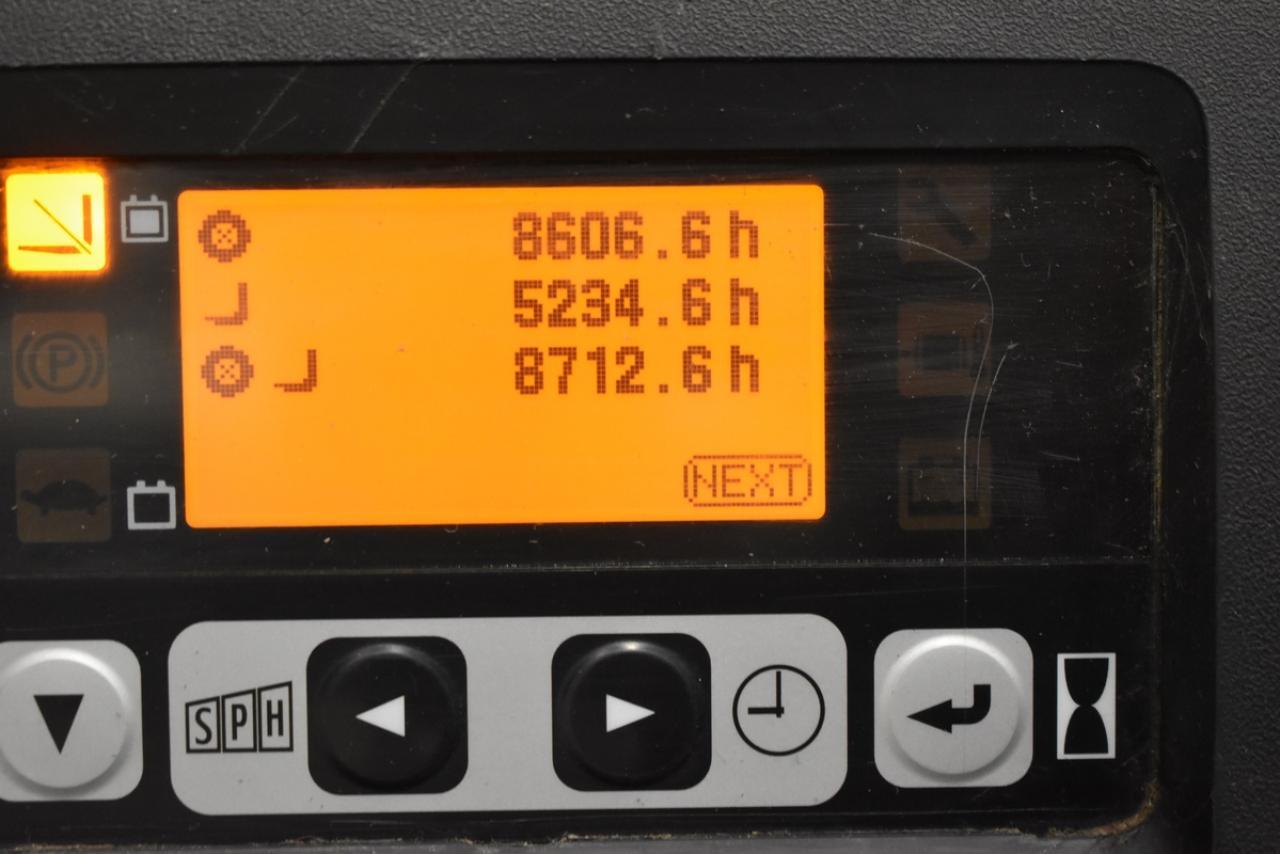 Xe nâng điện TOYOTA Model 8FBET20 2011, 2 tấn
