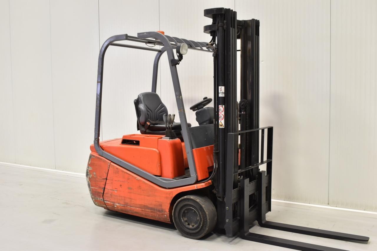 Xe nâng điệm BT CBE 1.5 T , 2011, 1.5 tấn