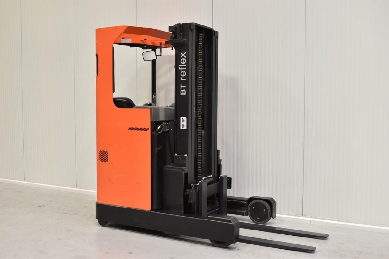 Xe nâng điện BT RRE 140 M đứng lái 1.4 tấn 2012